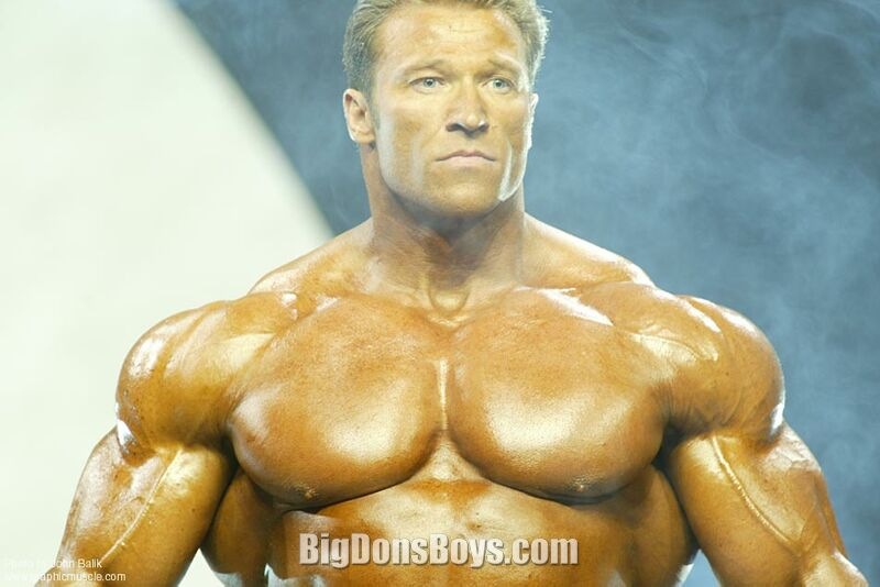 Gunter schlierkamp at the 2005 mr olympia where he took fourth place
