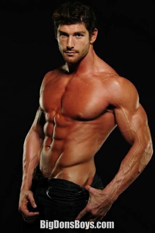 Bodybuilder Michael David Barre gallery