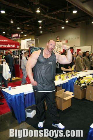 Tall bodybuilder noah steere gallery page 2