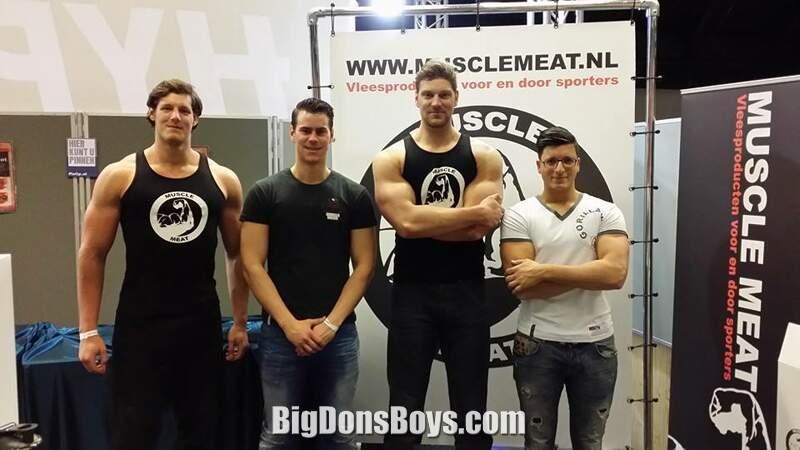 Bodybuilders Muscle Men Male Models Picture