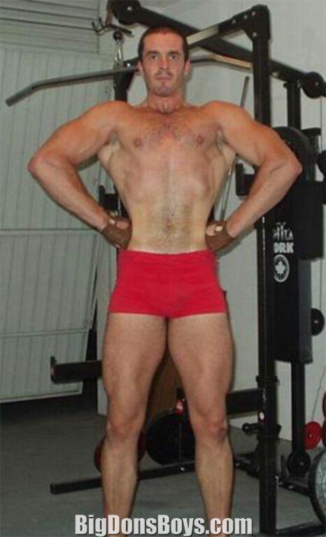 "Massive 6'1"" bodybuilder Matthias Botthof"