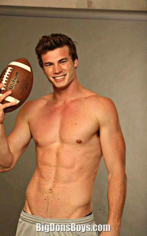 Derek Theler Tall Actor Gallery