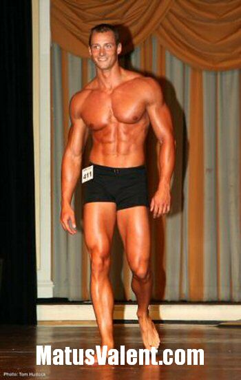 Tall bodybuilder Matus Valent