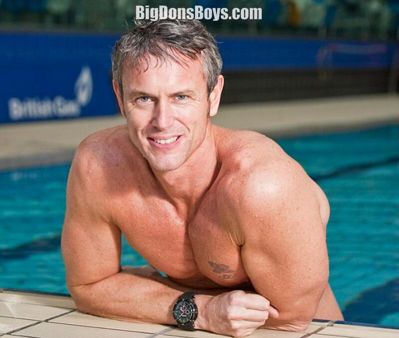 Mark Forster Body